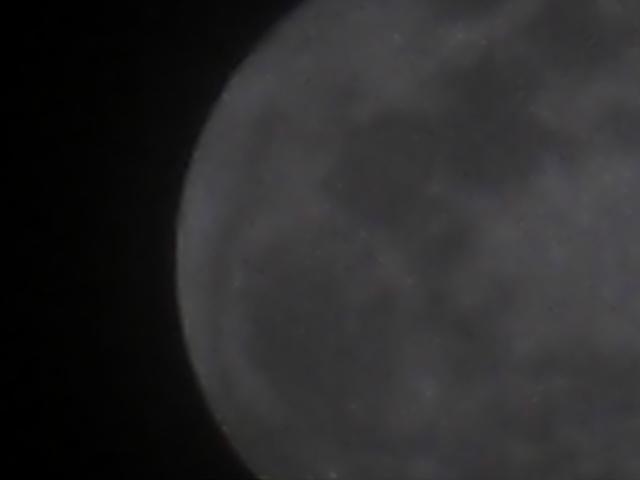 Moon_105x_handheld