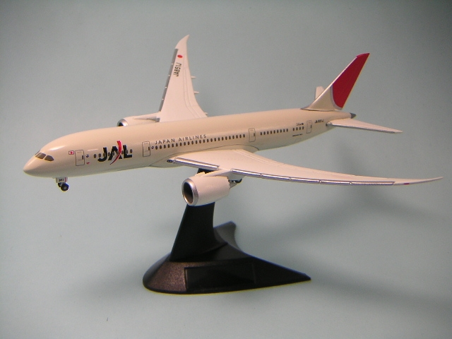 Jal_7878_2