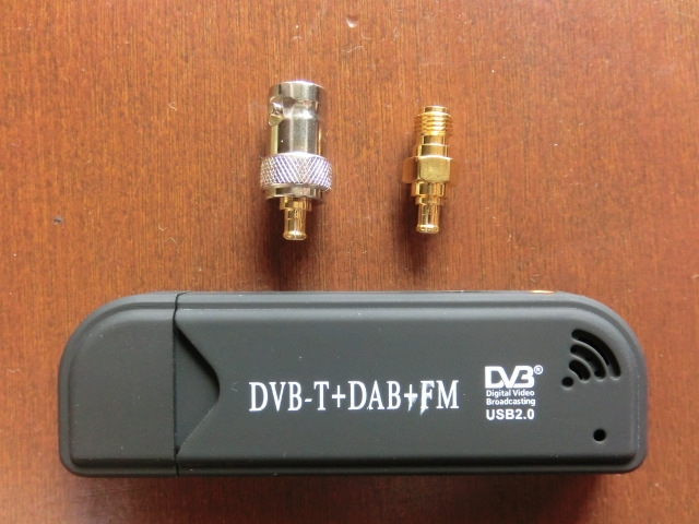 Tv28tv2dvbtr820t_connector1