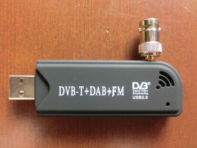 Tv28tv2dvbtr820t_connector4