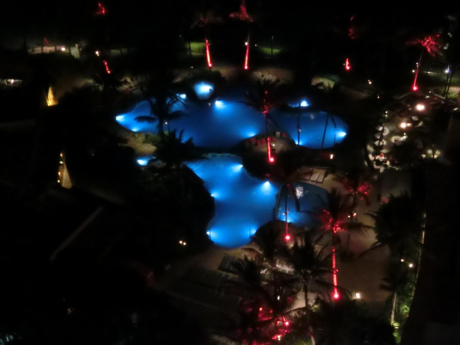 Sheraton_waikiki_pool