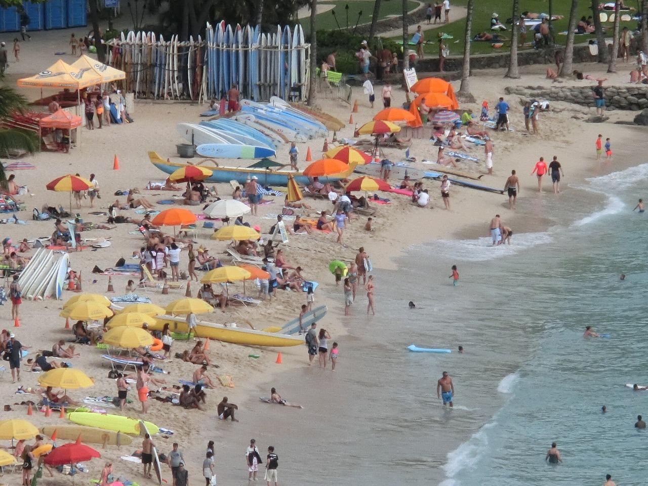 Waikiki_beach_2s