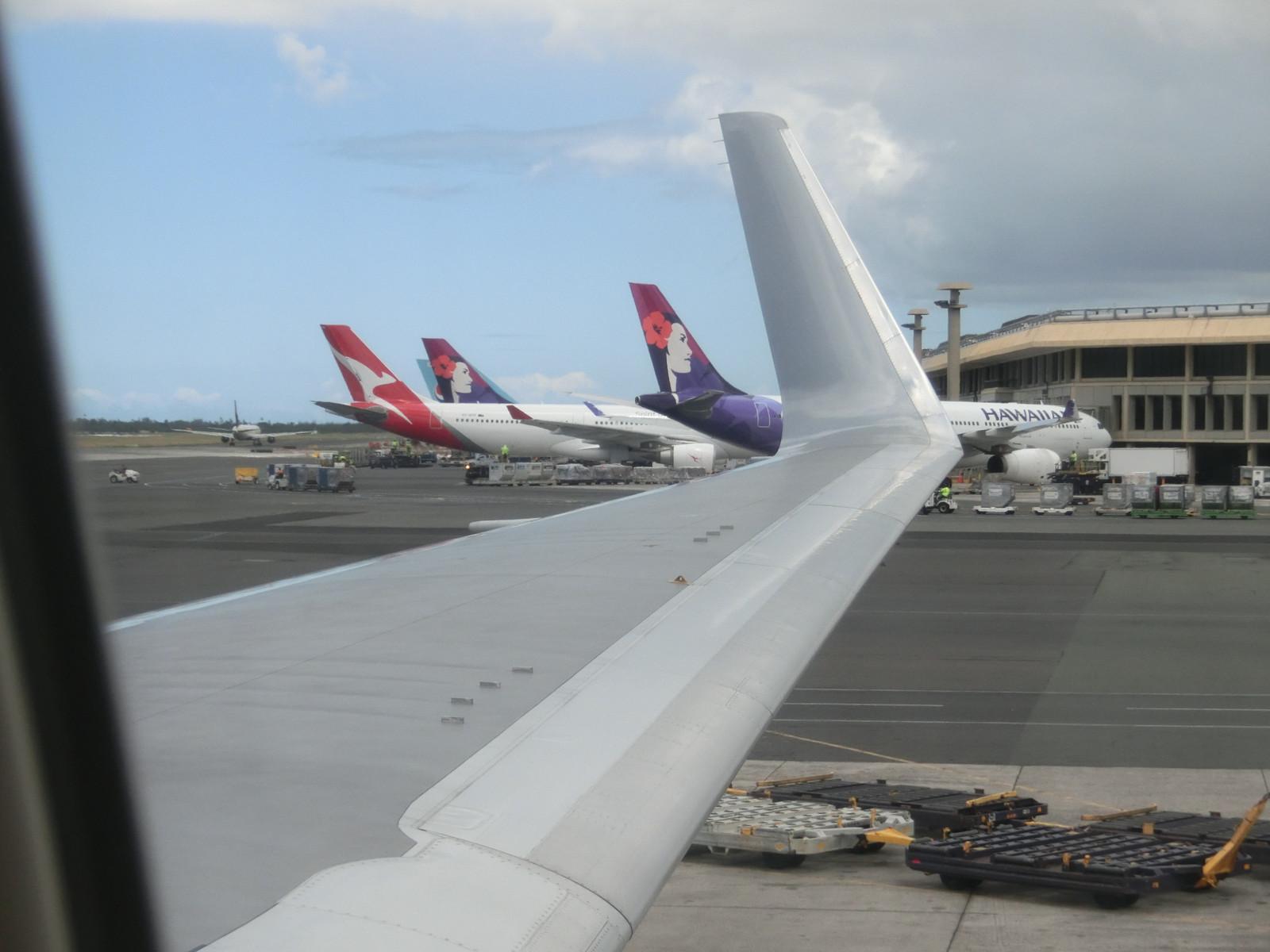 Jl785_hnl_takeoff_1