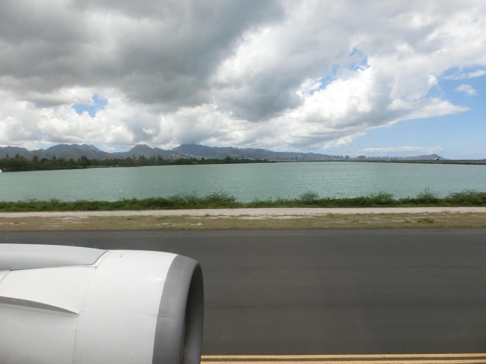 Jl785_hnl_takeoff_3