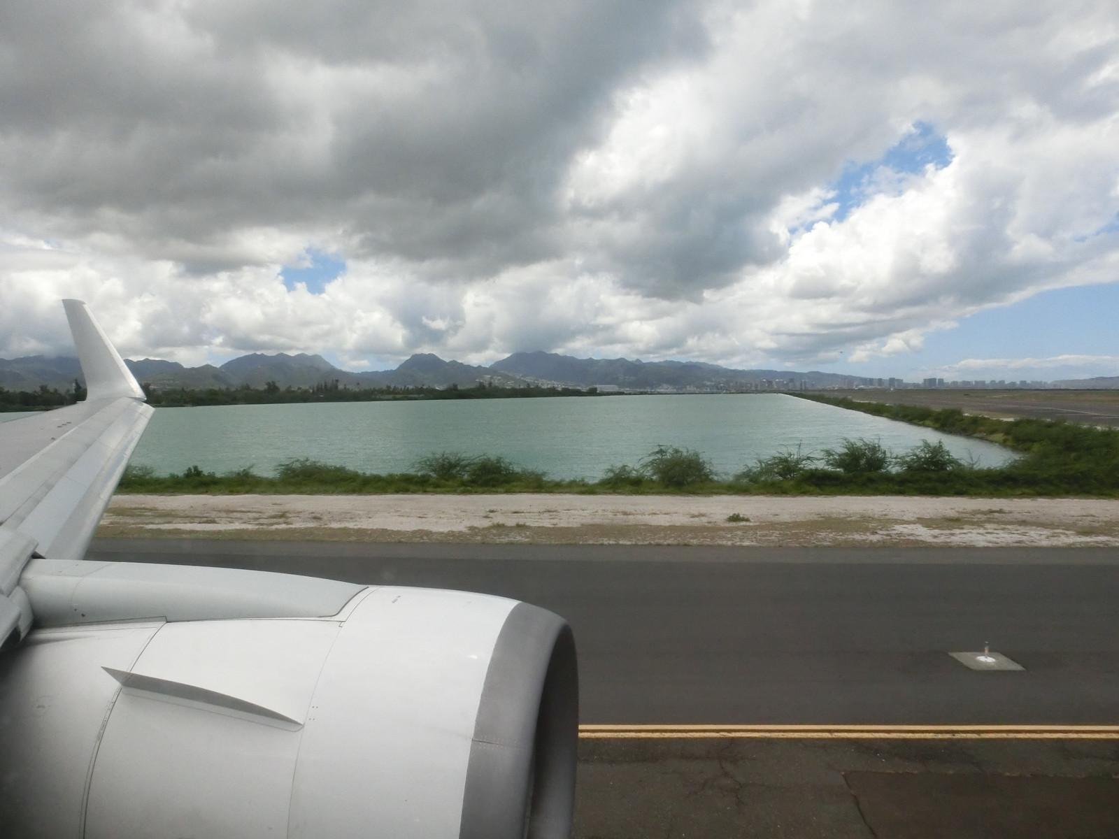 Jl785_hnl_takeoff_4