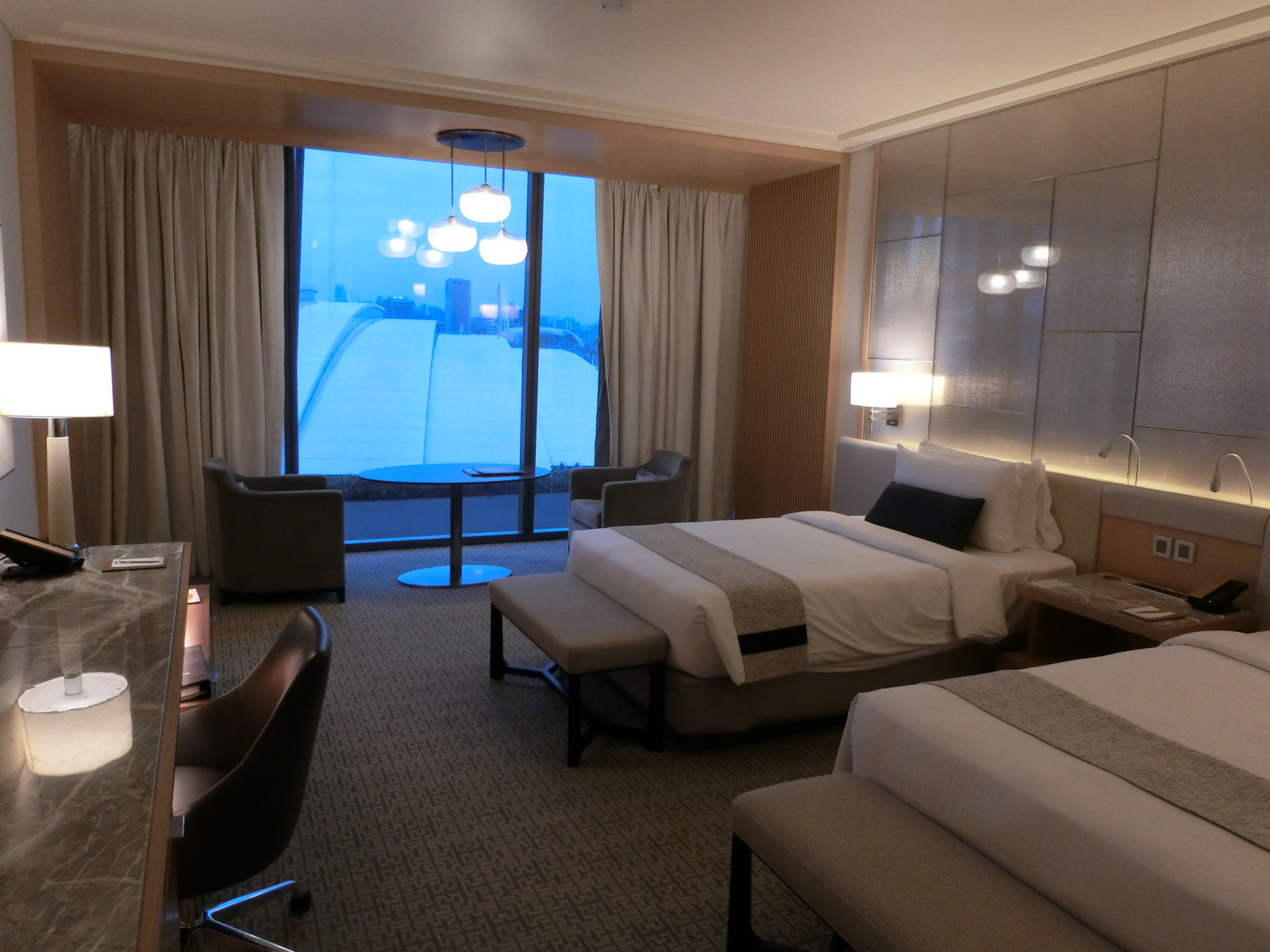2marina_bay_sands_room