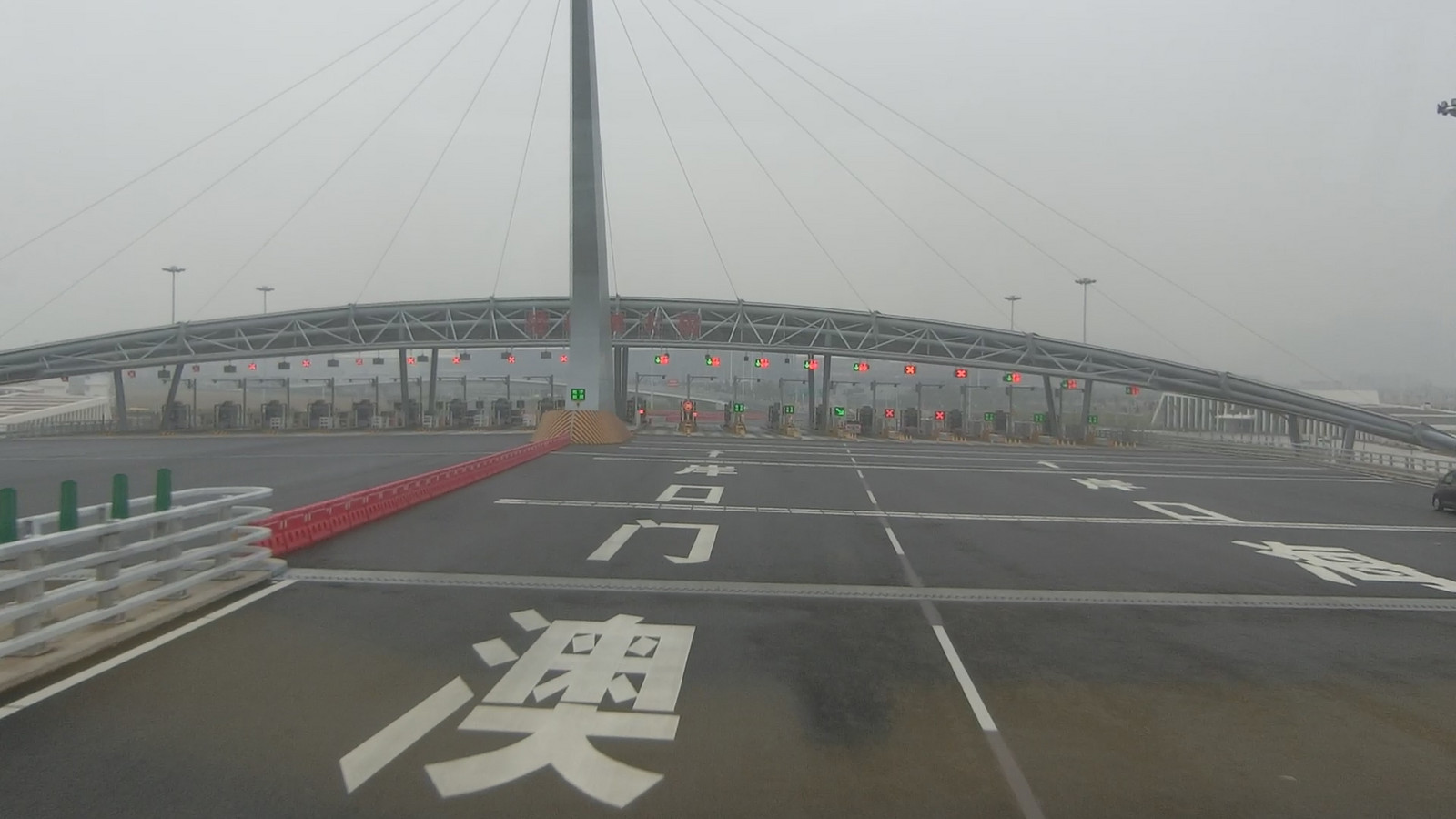 08hong_kongzhuhaimacao_bridge